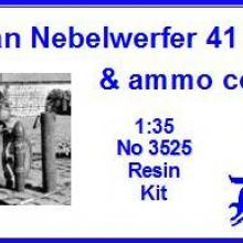 3525 German Nebelwerfer 41 ammo & ammo container